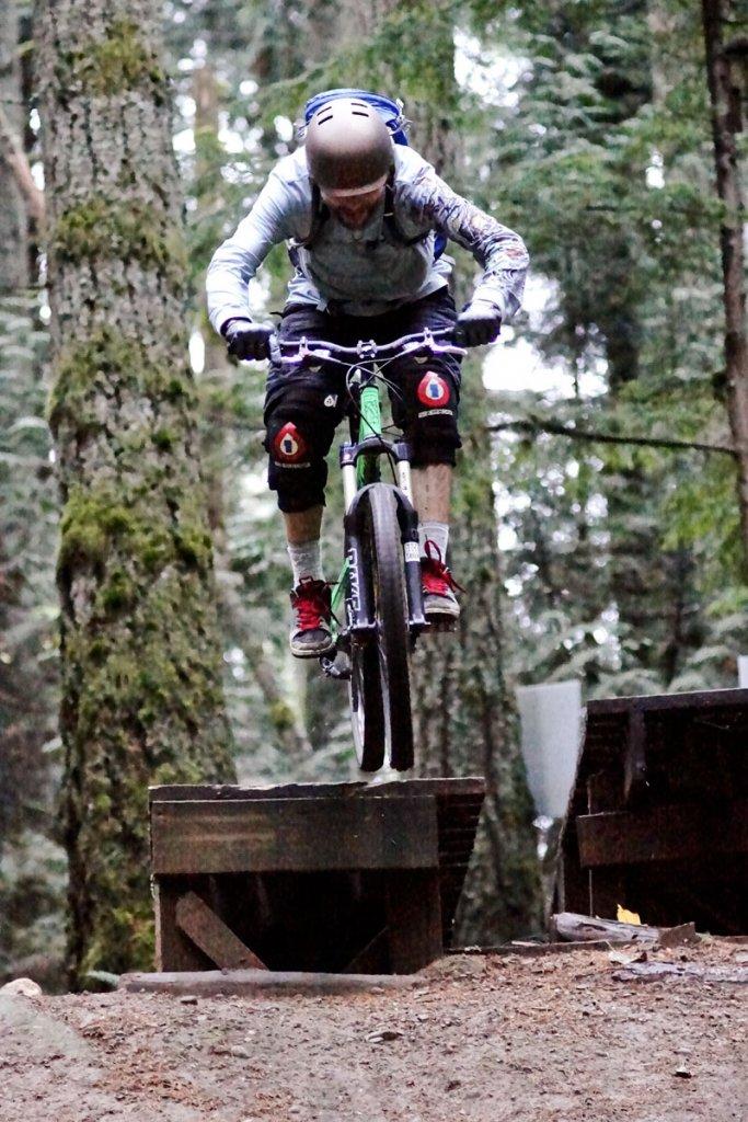 Transition Bikes in midair!-dsc08909.jpg