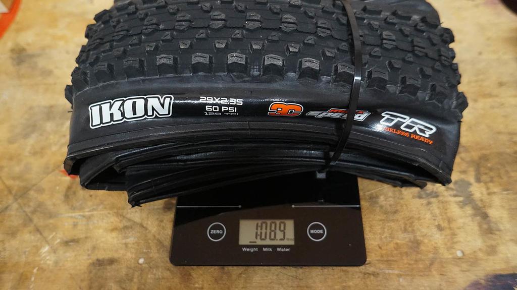 29er tire weight list-dsc09138-copy.jpg