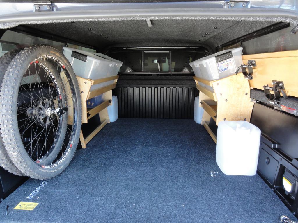Bikes in truck bed with topper-dsc09542.jpg