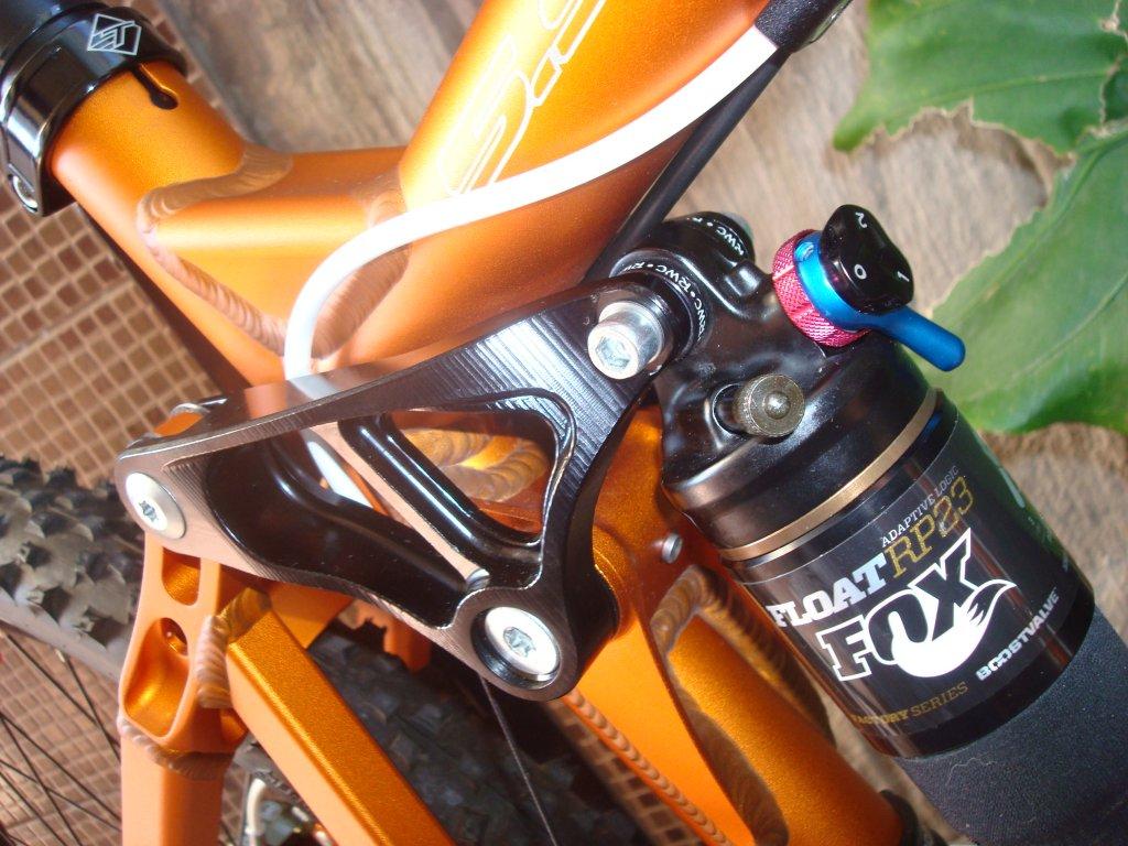 Enduro shock eye needle bearing kit-dsc09662.jpg