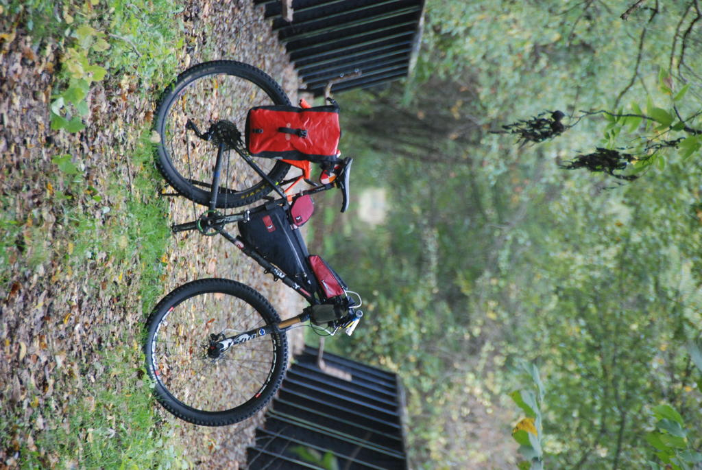 Post your Bikepacking Rig (and gear layout!)-dsc_0017.jpg