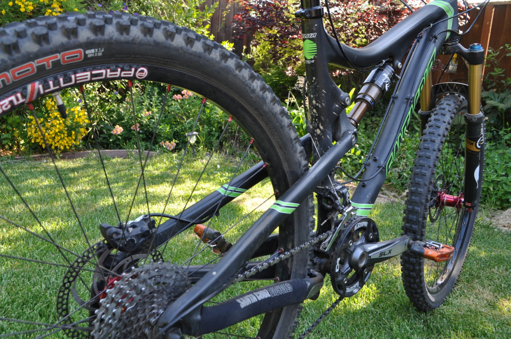 rear tire clearance of 650b with blur TRc