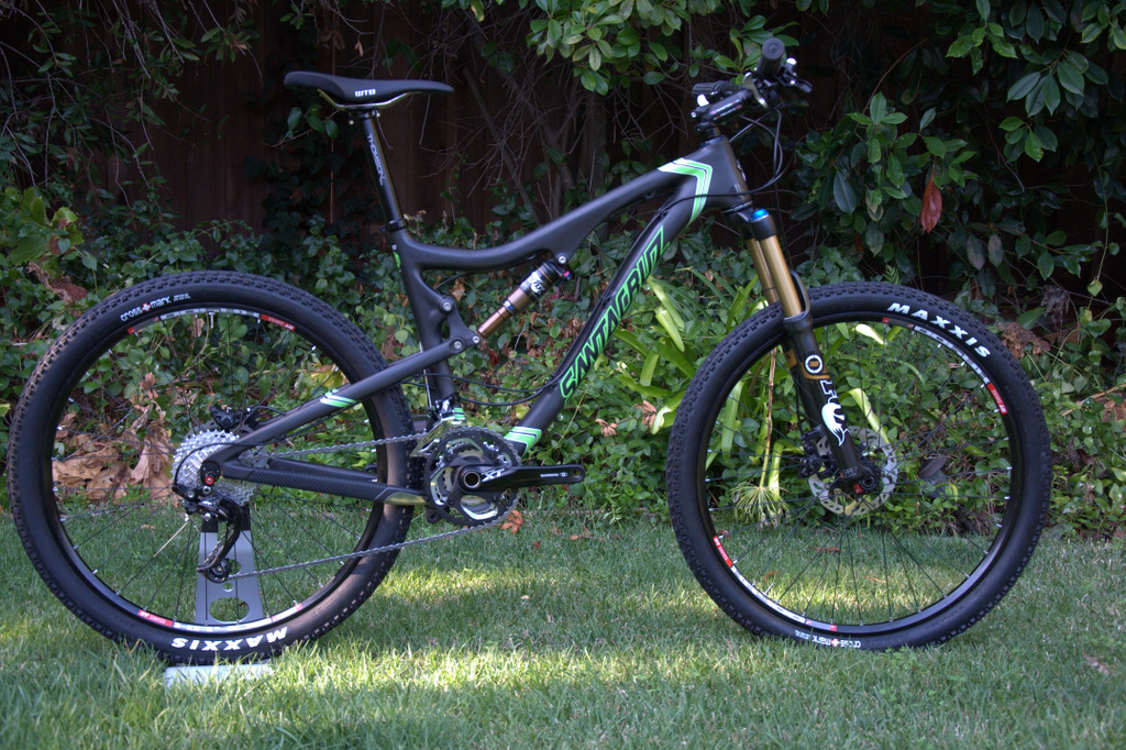 Stock Santa Cruz Blur TRc SPX xc kit at 24 lbs