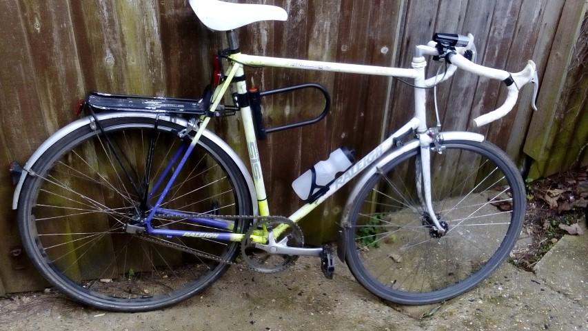 "Post Pics of your ""beater"" bike.-dsc_0150-small-.jpg"