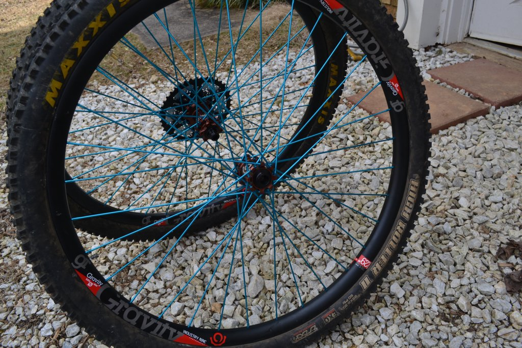 Lets see some blinged out wheelsets..I9,CK,Hope..anything goes!-dsc_0201.jpg