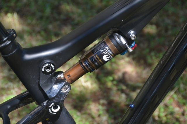 Is the Nude2 rear shock really as bad as most reviews claim?-dsc_0674.jpg