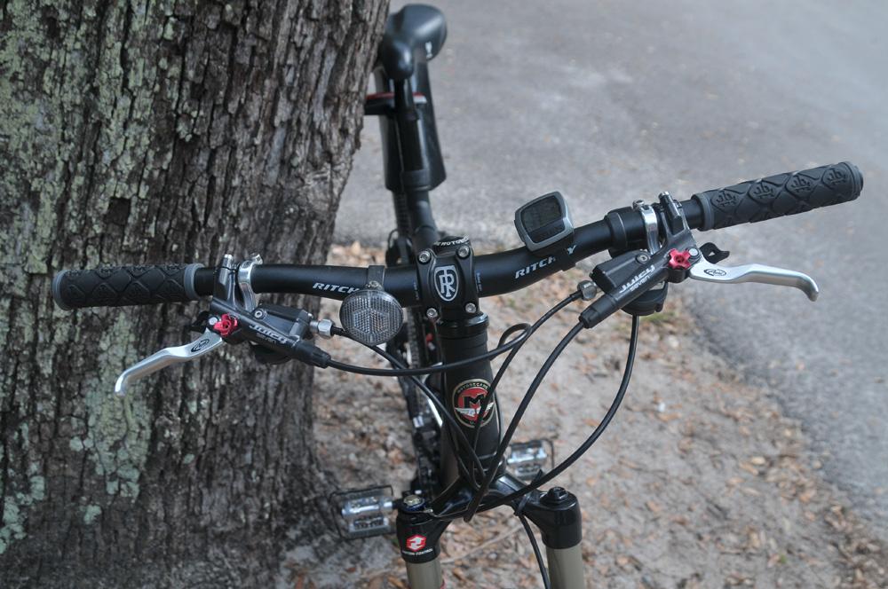 Post pics of your moto.-dsc_2804.jpg