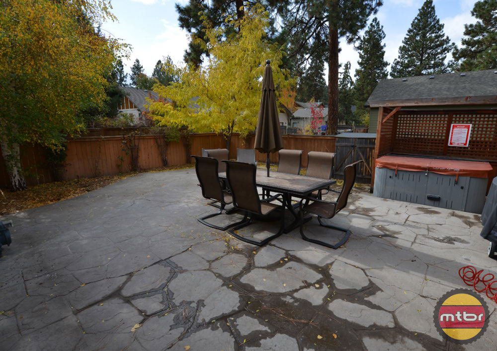 Alpenglow Vacation Rentals House Outdoor Patio