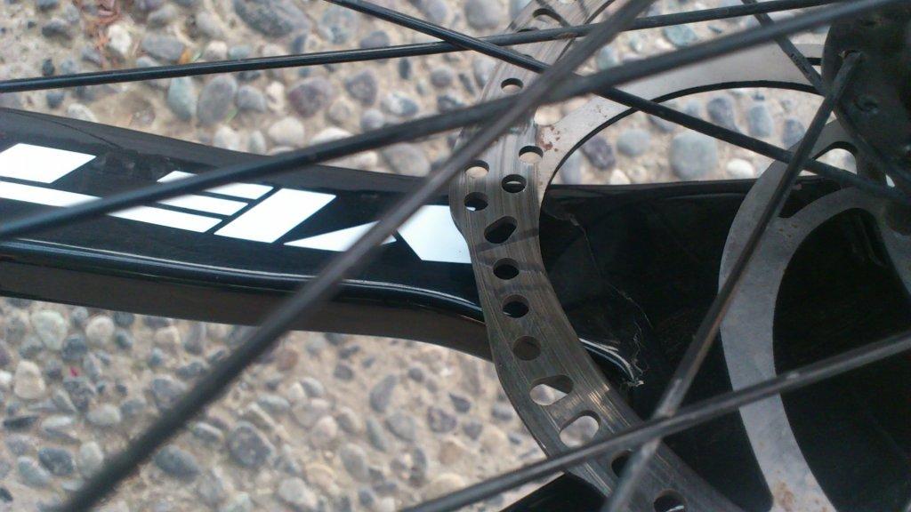 ASR5 cracked rear swingarm , after 3 months of use-dsc_4095.jpg