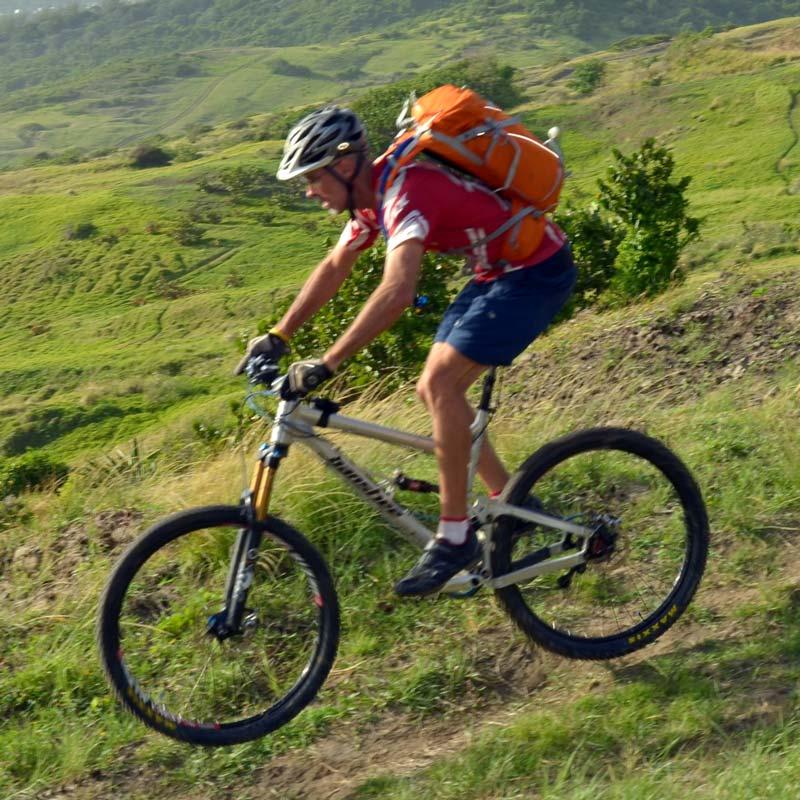 Carrying DSLR Gear on Bike-dsc_5756_sq.jpg