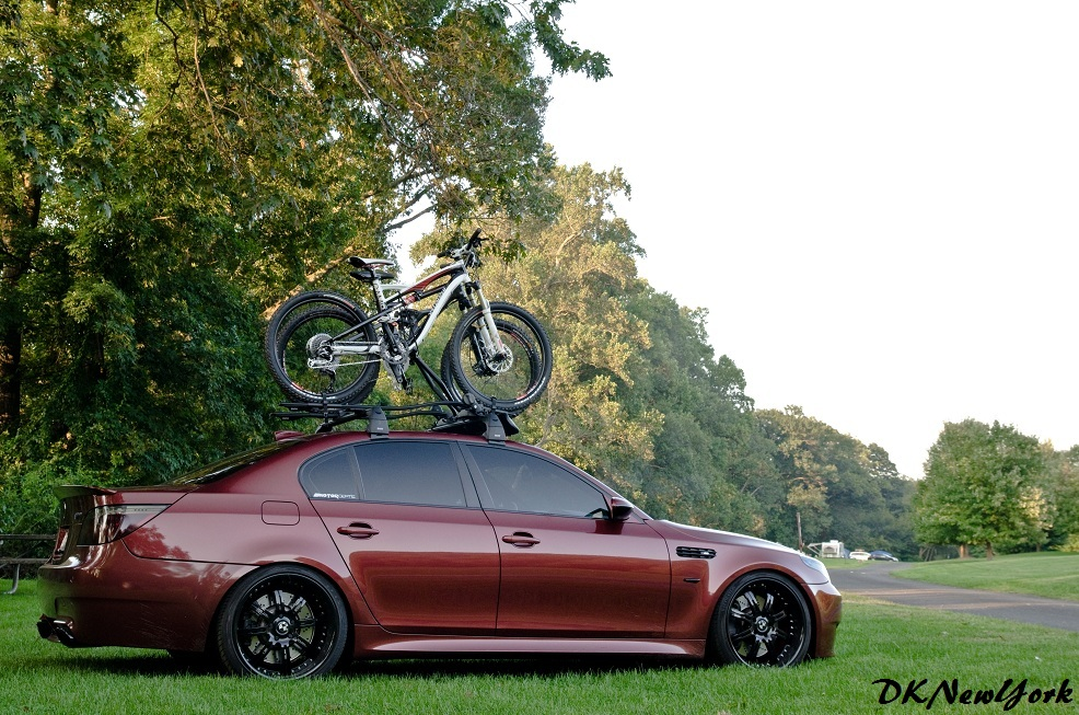 Attractive BMW M5 W/ Roof Rack And Bike Carrier Dsc_6817