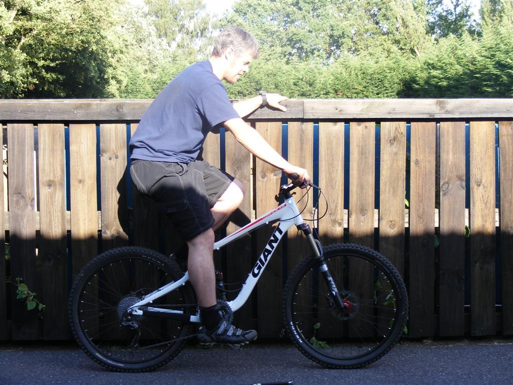 Opinions please. Trance X3 bike position (w/ pic)-dscf0311-large-.jpg