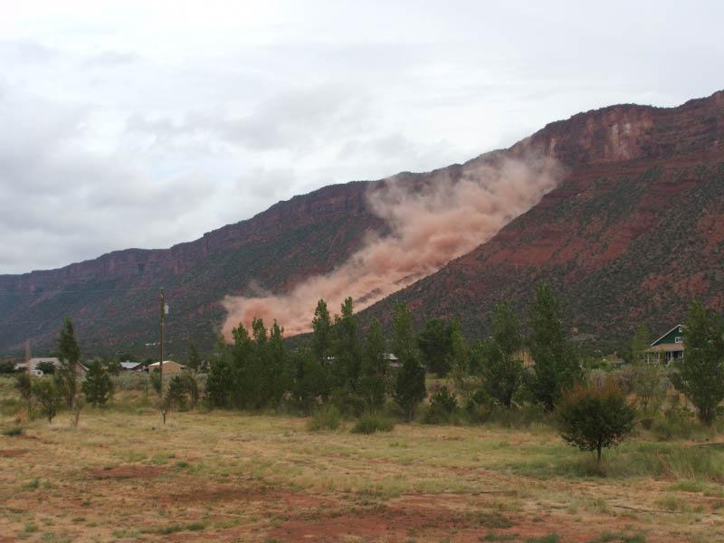 Rockslide on Porcupine Rim / Castle Valley-dscf0486.jpg