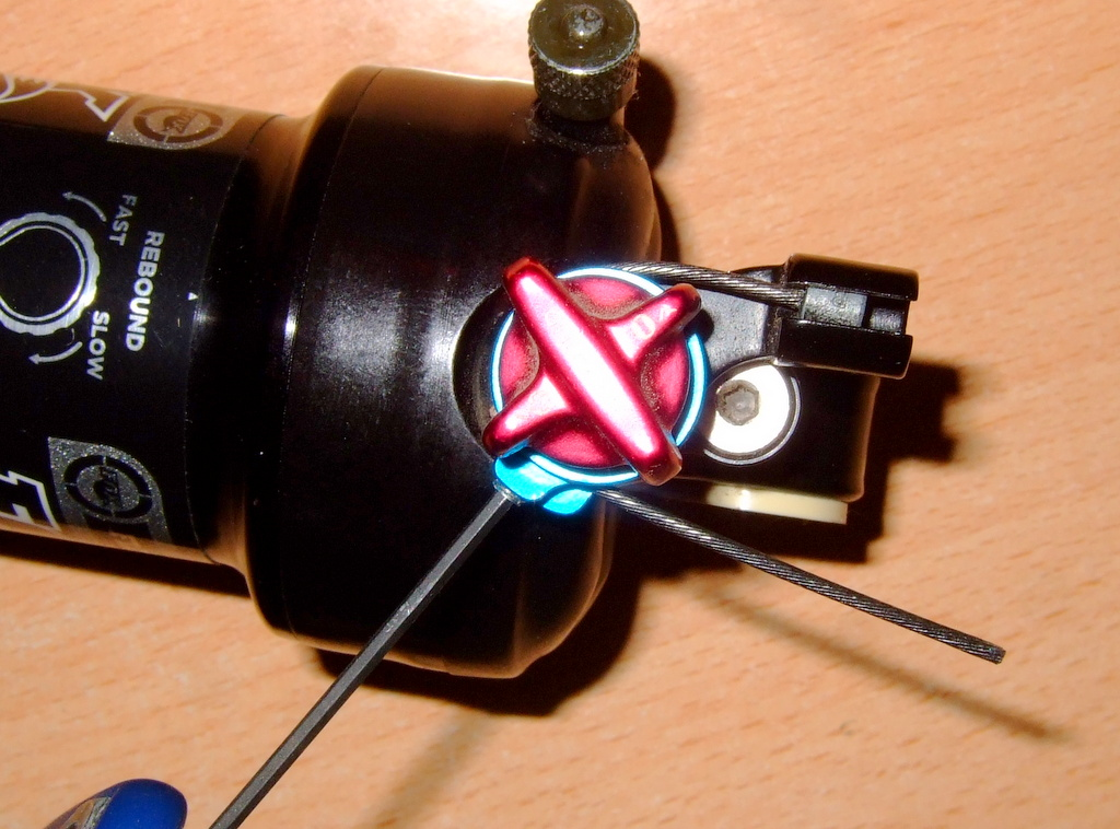 Replacement for (or removal of) 2 step remote Fox lever? Element C 50-dscf0662.jpg