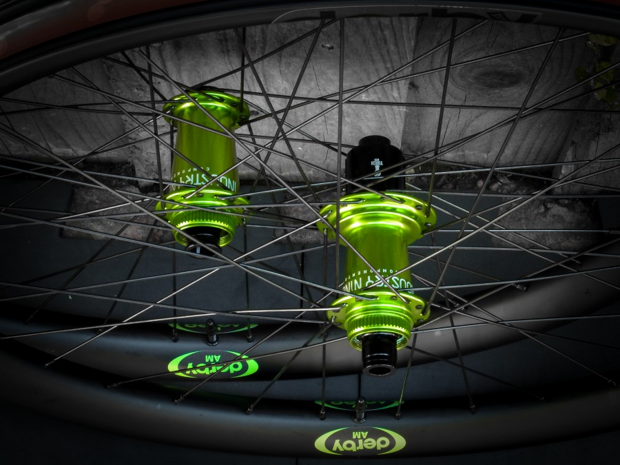 Lets see some blinged out wheelsets..I9,CK,Hope..anything goes!-dscf1130-2.jpg