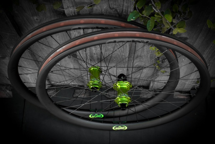 Lets see some blinged out wheelsets..I9,CK,Hope..anything goes!-dscf1133-2.jpg