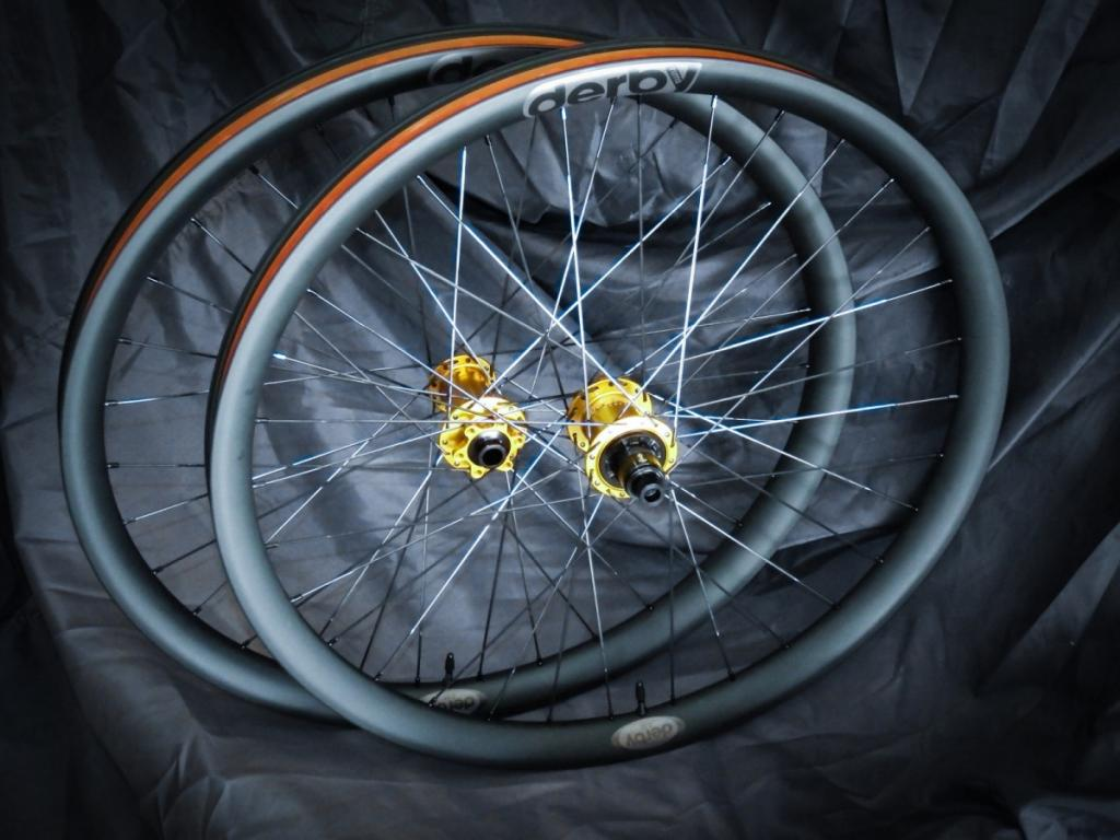 Lets see some blinged out wheelsets..I9,CK,Hope..anything goes!-dscf1657_01.jpg