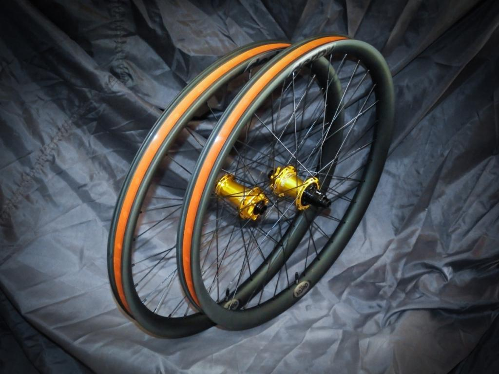 Lets see some blinged out wheelsets..I9,CK,Hope..anything goes!-dscf1664_01.jpg