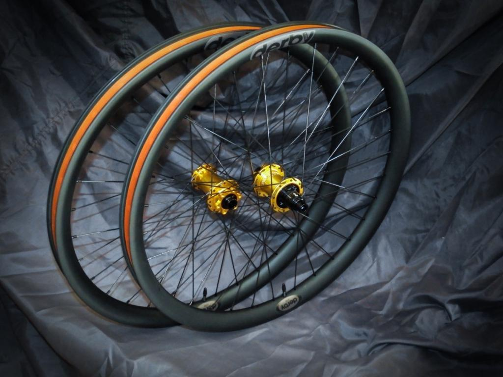 Lets see some blinged out wheelsets..I9,CK,Hope..anything goes!-dscf1665_01.jpg