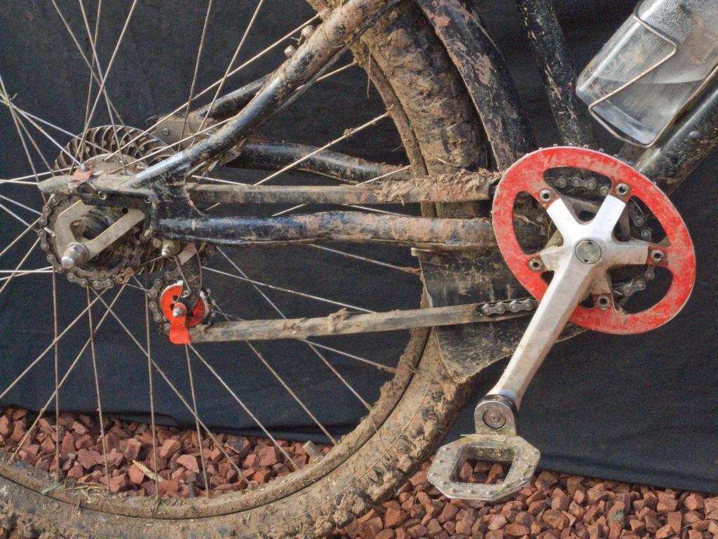Cleland: The original big wheeled off-road bicycle?-dscf2767.jpg