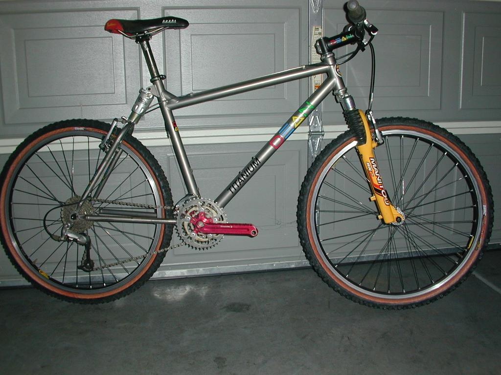 Bike anthology - let's hear about bikes you've owned-dscn0001.jpg