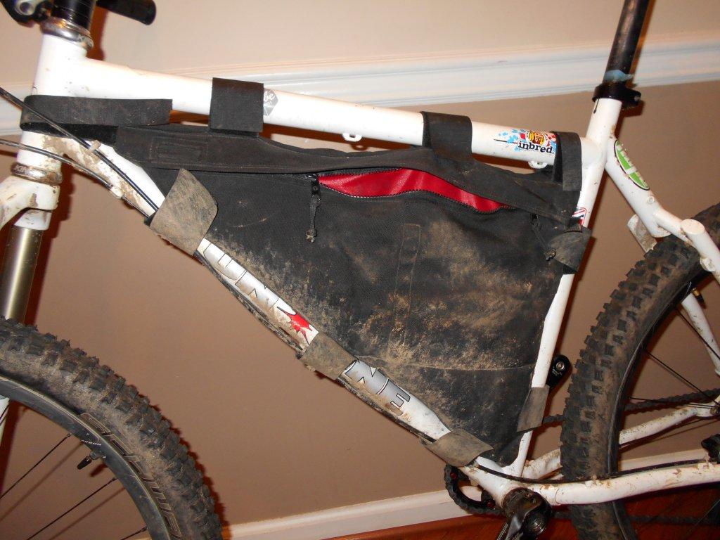 Hydration Bladder in a frame bag?-dscn0011.jpg