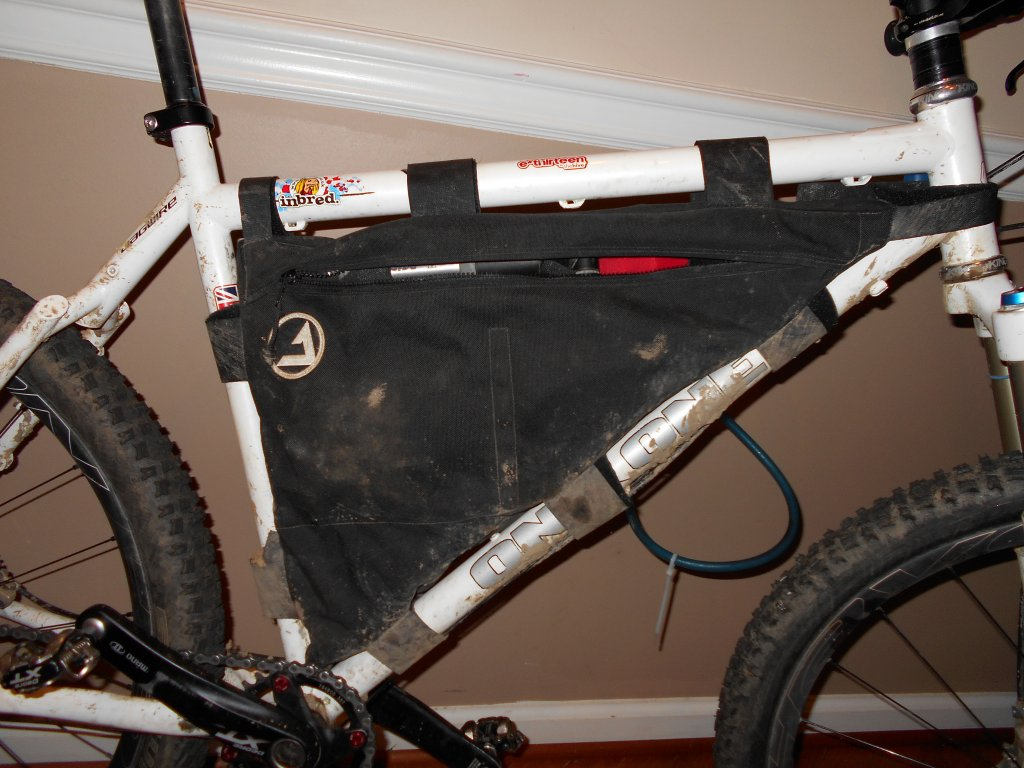 Hydration Bladder in a frame bag?-dscn0016.jpg