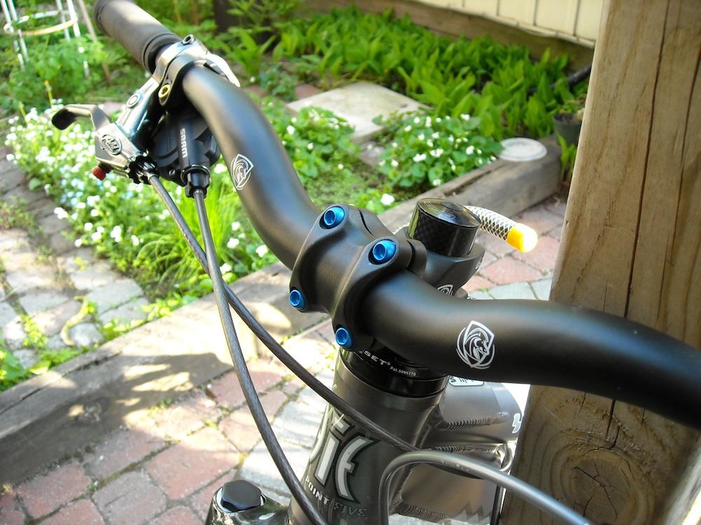 Too clean to be true (I love my bike)-dscn0025_web.jpg