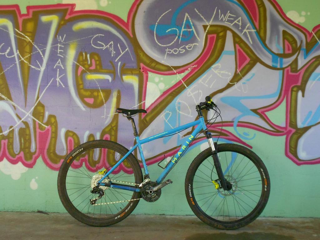 Graffitti....seen any....Post some Pics..-dscn0072.jpg