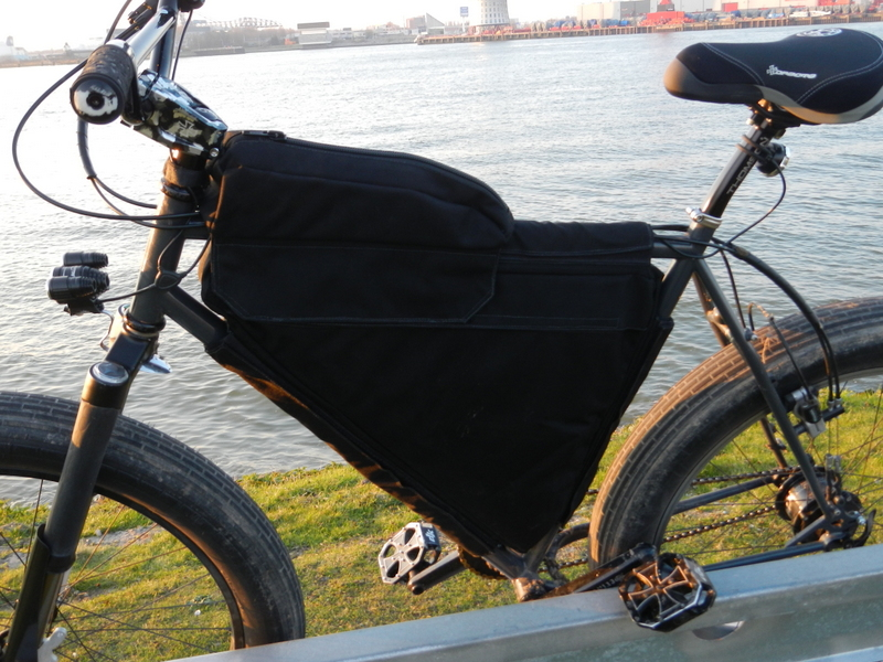 Bikepacking gear bags - who makes 'em?-dscn0209.jpg