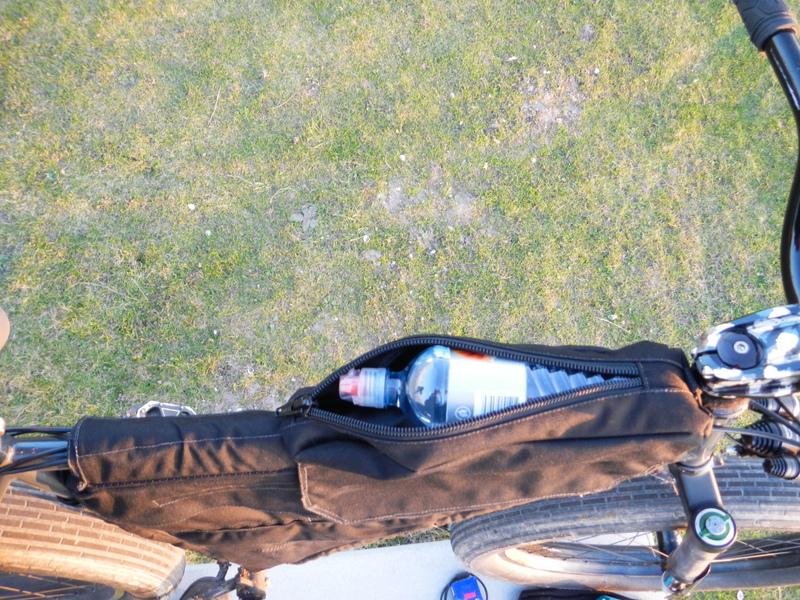 Bikepacking gear bags - who makes 'em?-dscn0215.jpg