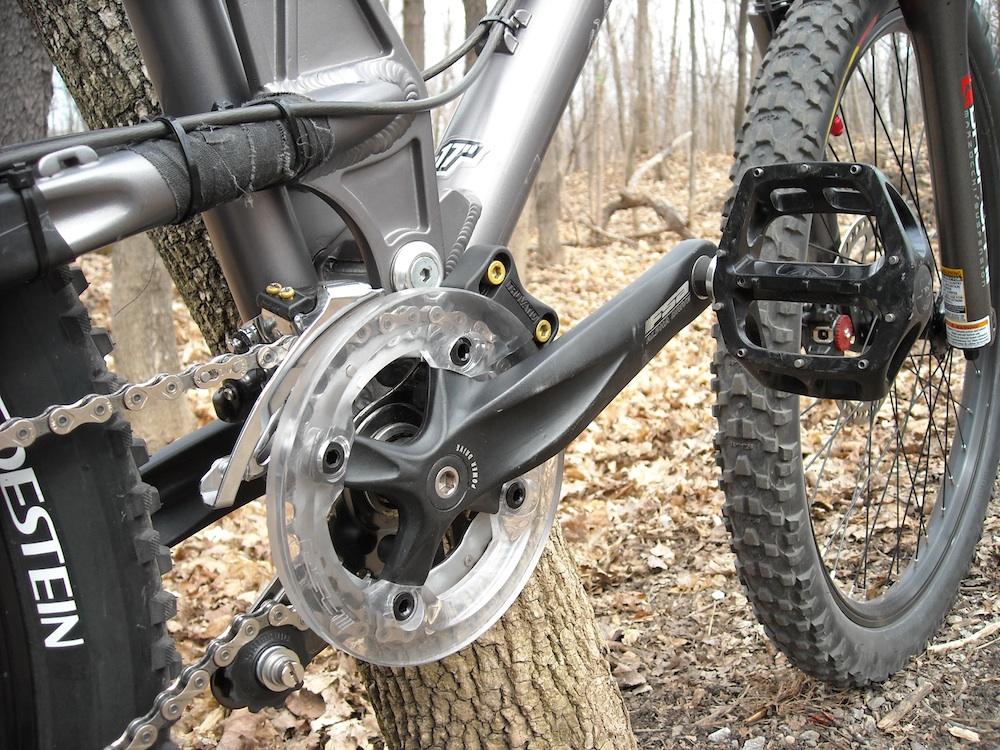 Too clean to be true (I love my bike)-dscn0231_web.jpg