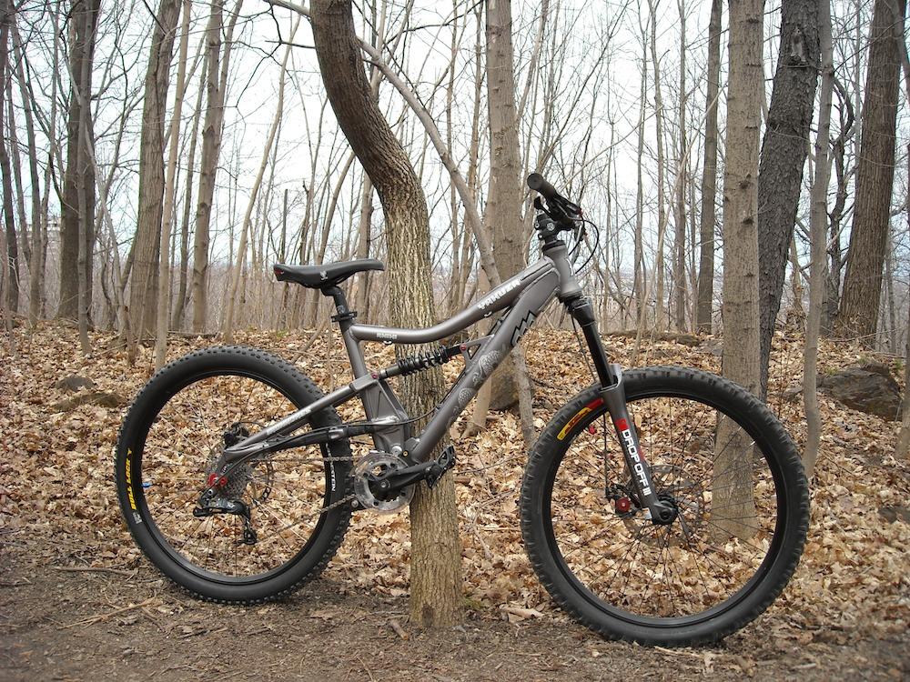 Too clean to be true (I love my bike)-dscn0238_web.jpg