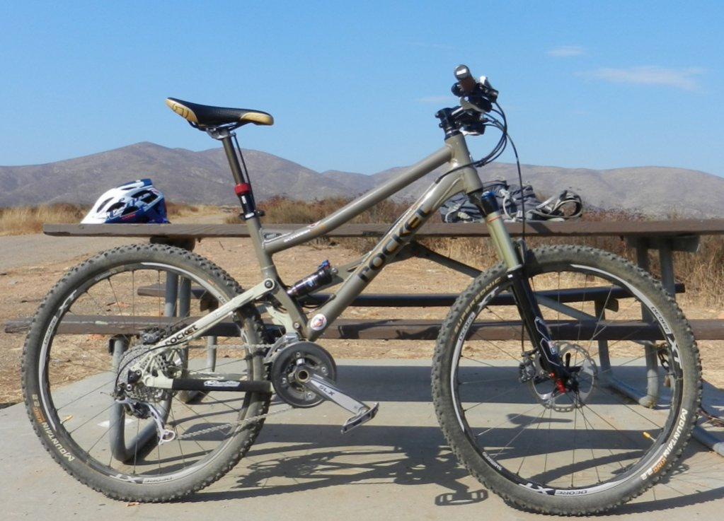 Show us a picture of your 26er MTB that you still use on the trails-dscn0649.jpg