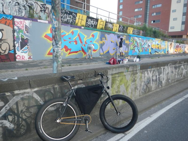 Graffitti....seen any....Post some Pics..-dscn0890.jpg
