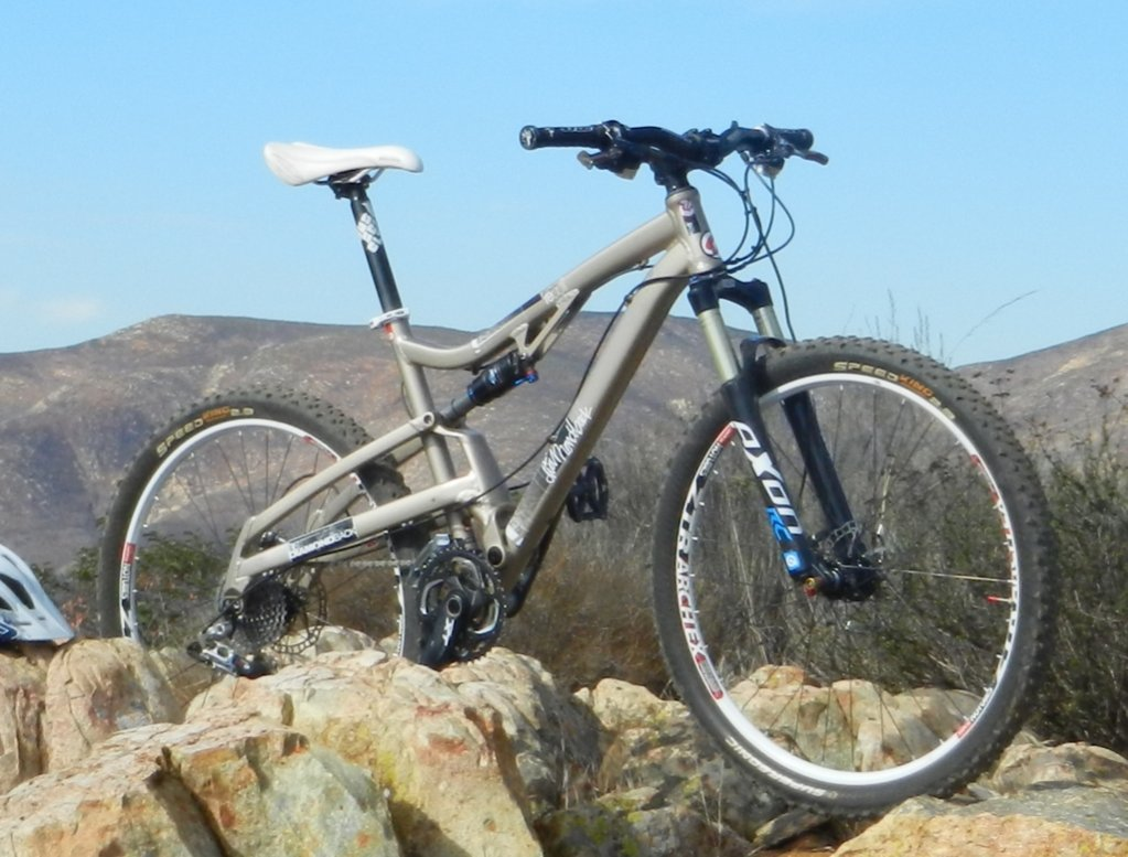 Show us a picture of your 26er MTB that you still use on the trails-dscn0972.jpg