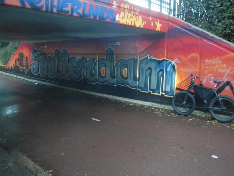 Graffitti....seen any....Post some Pics..-dscn1369.jpg