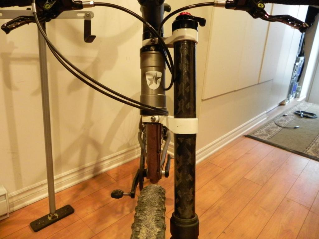 Riding no hands with a Cannondale Lefty Fork-dscn1380.jpg