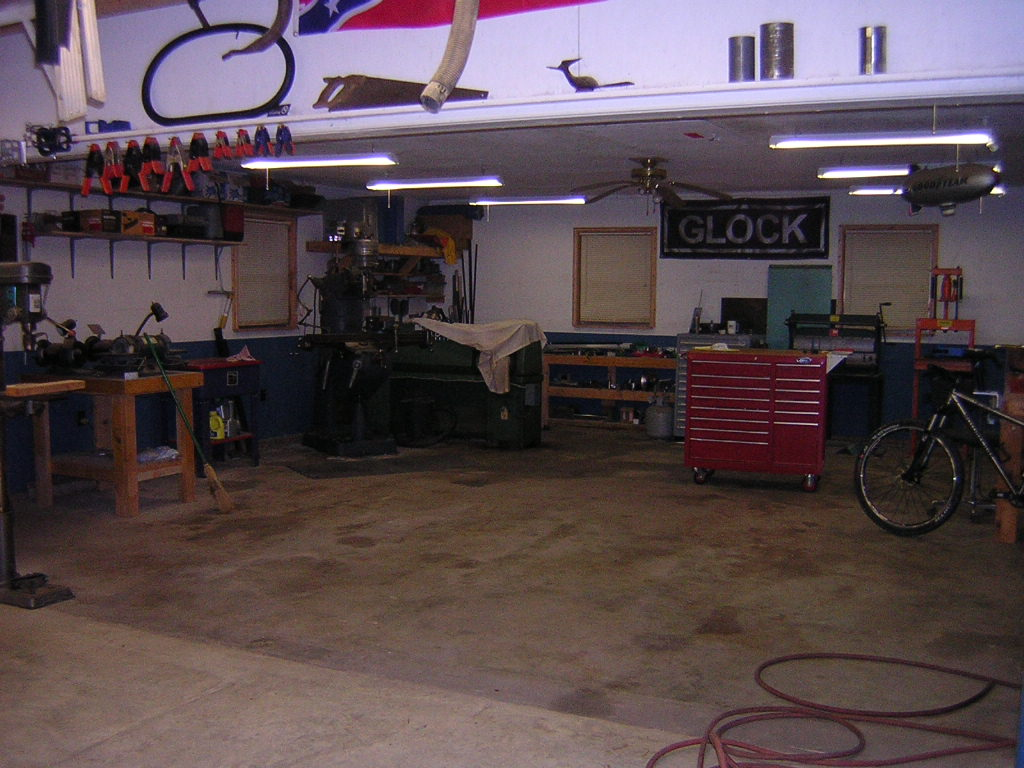 "The ""What's your shop look like?"" thread-dscn1511.jpg"