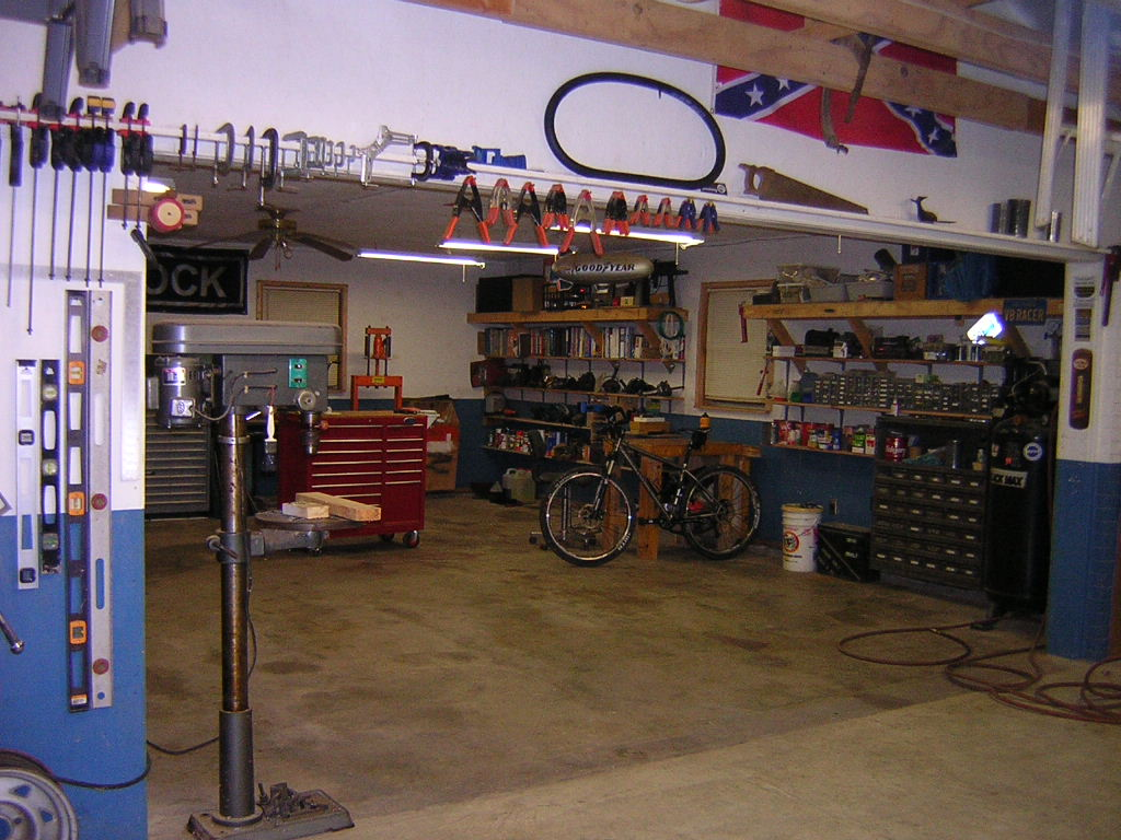 "The ""What's your shop look like?"" thread-dscn1512.jpg"