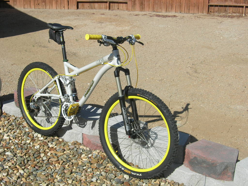 Show us a picture of your 26er MTB that you still use on the trails-dscn1683.jpg