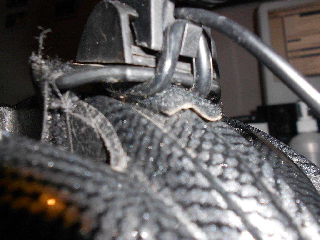 Review Of Ebay 1800 Lumen Cree Xml T6 Led Bicycle Headlight Lamp Lipo Protection Circuit Problem Mtbrcom Dscn1727