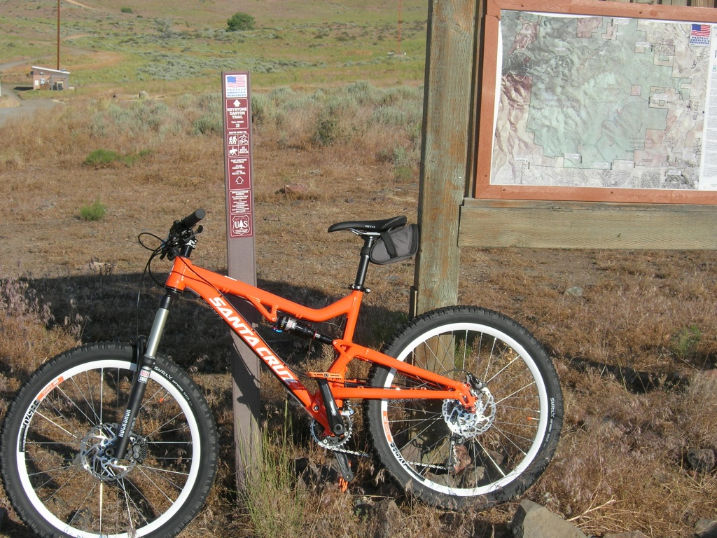 Anyone else sick of all the crazy matchy matchy colors on new bikes-dscn1856.jpg