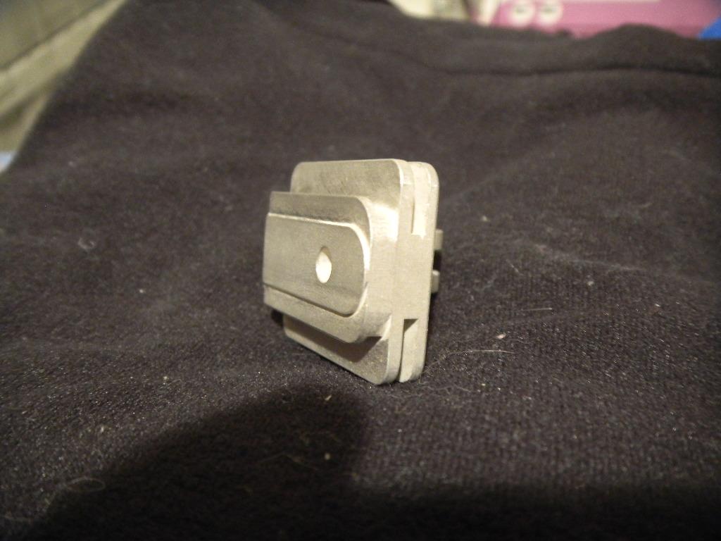 GoPro light adapter with fins for additional heatsinking-dscn2038.jpg