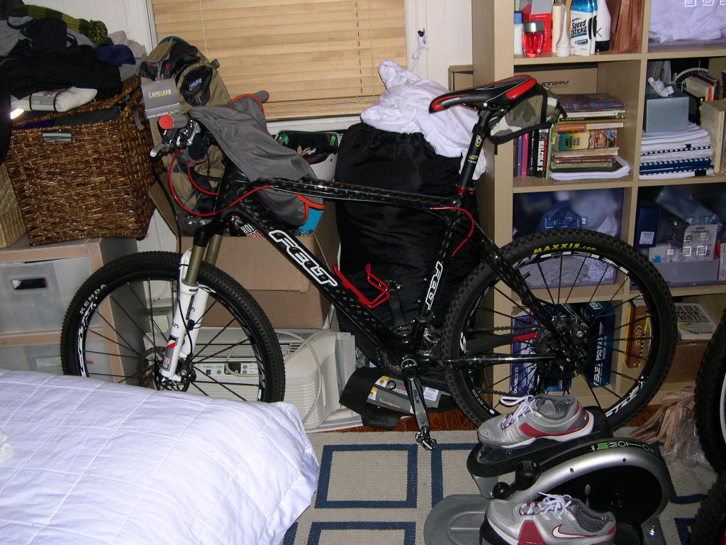 Bikes in Living Rooms?-dscn3614.jpg