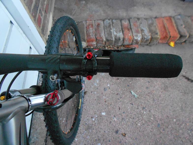 Post your light-weight bikes!-dscn4030%5B1%5D.jpg
