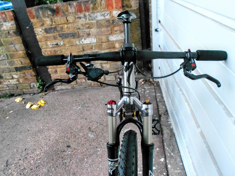 Post your light-weight bikes!-dscn4041%5B1%5D.jpg