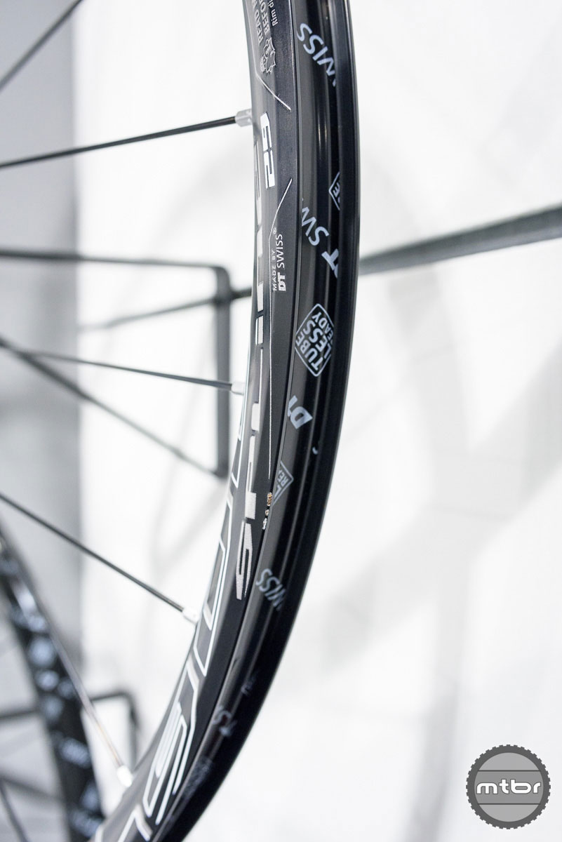 The 1900 Spline wheels have gotten a total makeover.