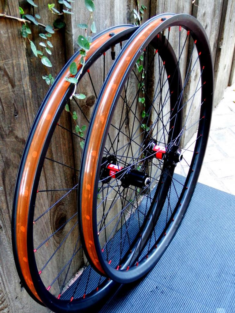 Lets see some blinged out wheelsets..I9,CK,Hope..anything goes!-dt240slb29_011.jpg