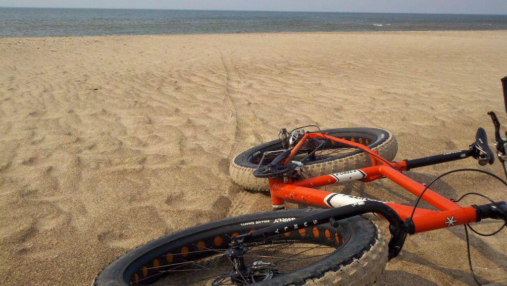 Beach/Sand riding picture thread.-dunes_5.jpg